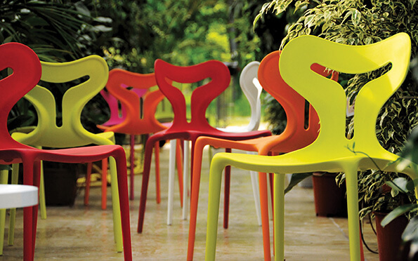 Outdoor-Chairs-Green-Orange-White-A51