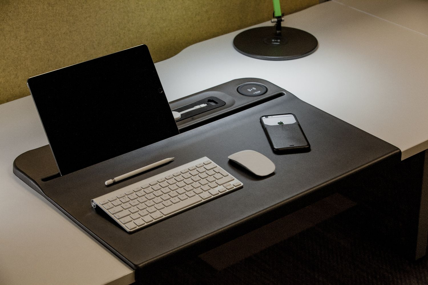 Aircharge Desk Mat Example Set Up