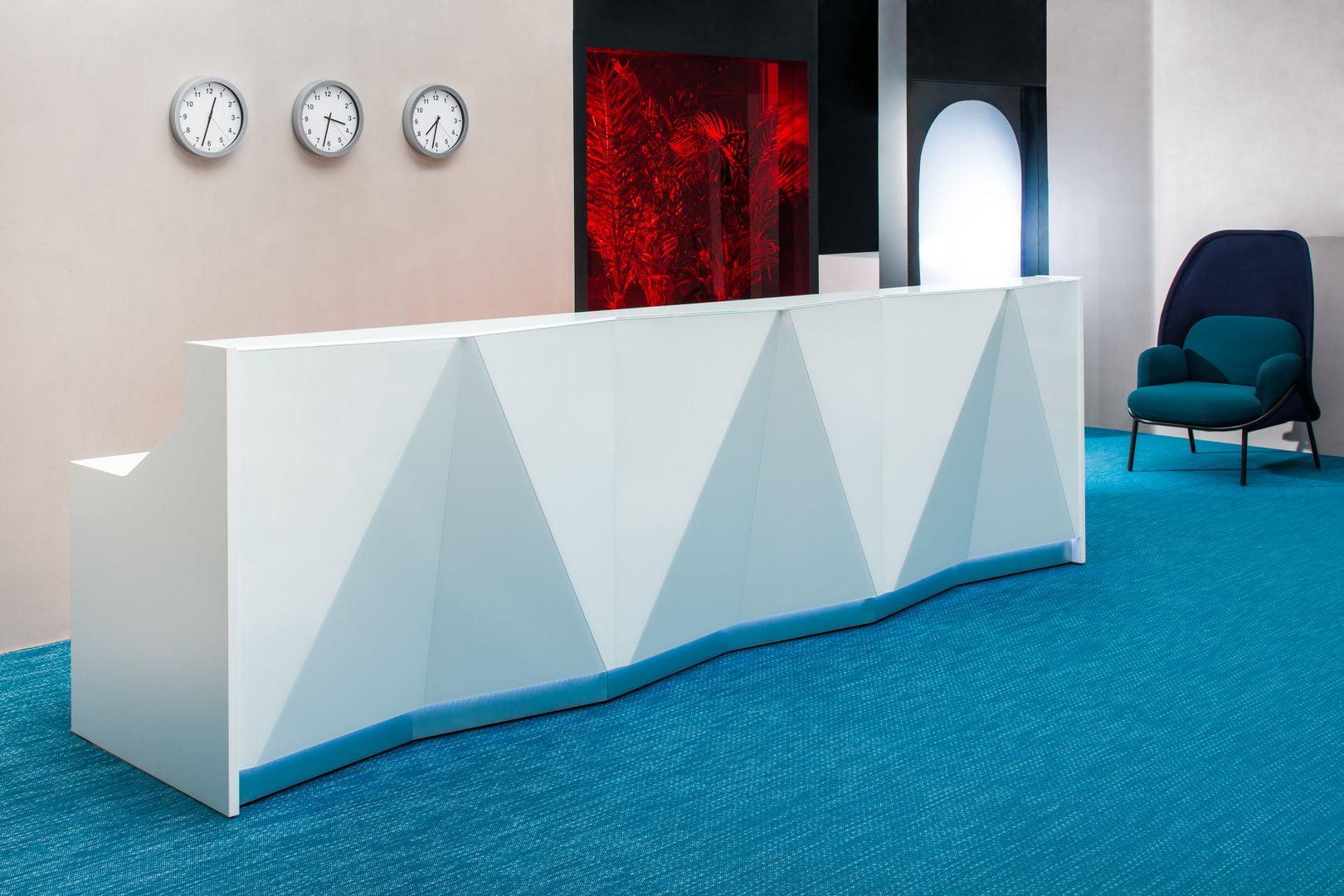White Gloss REception Desk Alpa in situ