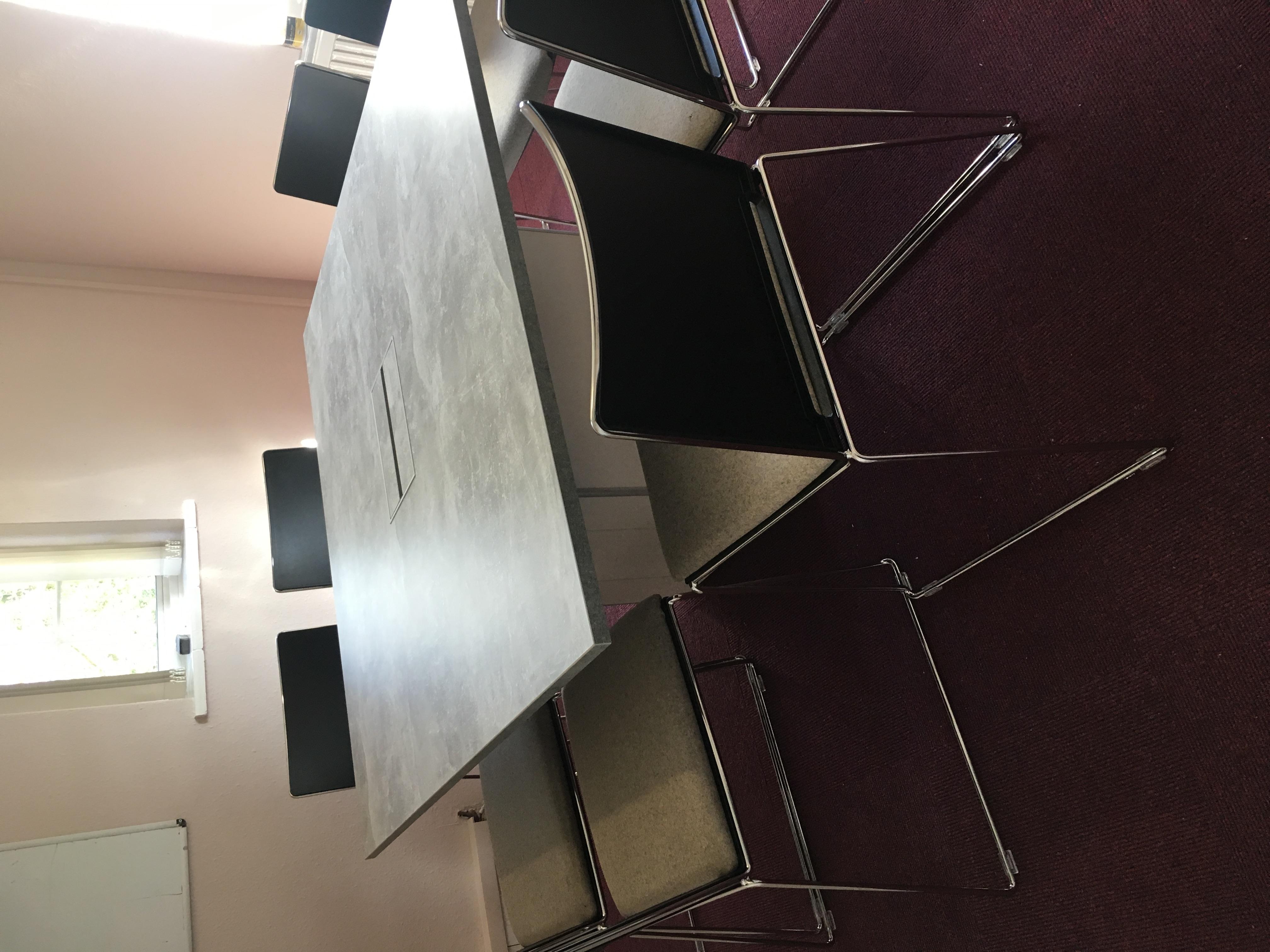 Ambus-Box-Base-Concrete-Meeting Table-In-Situ