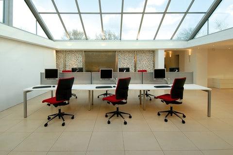 Bench-Access-Top-Desks-In-Situ