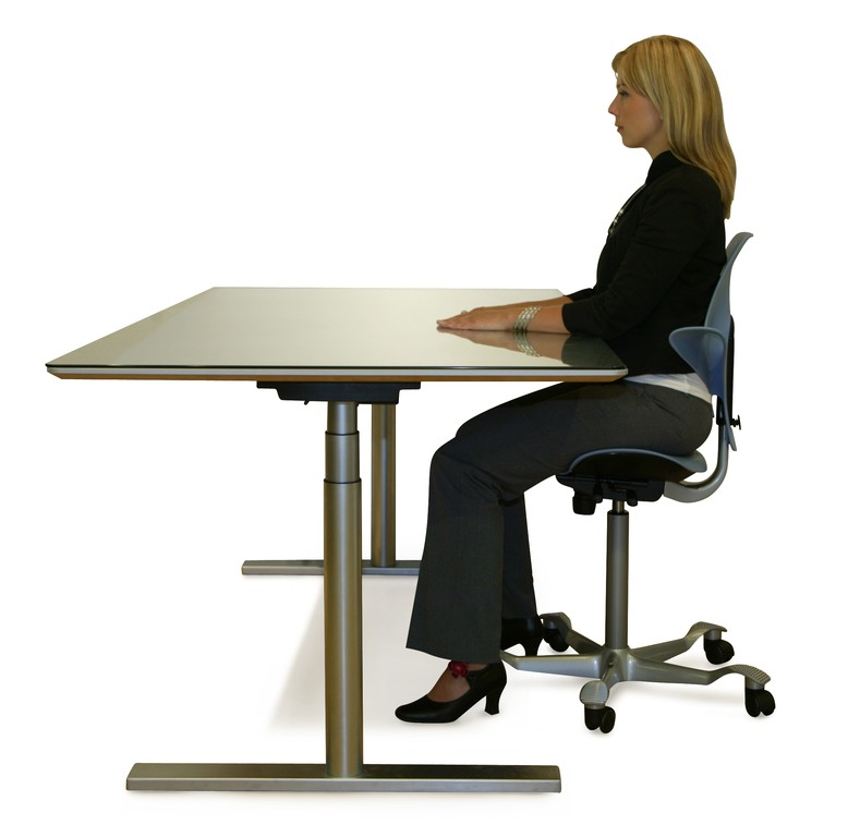 HÅG-Capisco-Puls-Sitting-Height-Adjustable-Desk