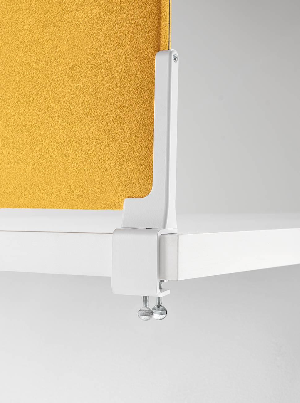 Corner-Ocee-Acoustic-Desk-Screen-Clamp-Fixing