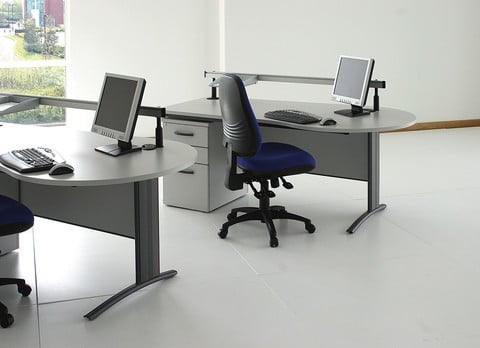 D3k-Consultation-Style-Desk-In-Office
