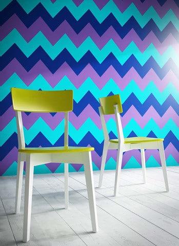 Dornen-Canteen-Chairs-In-Situ