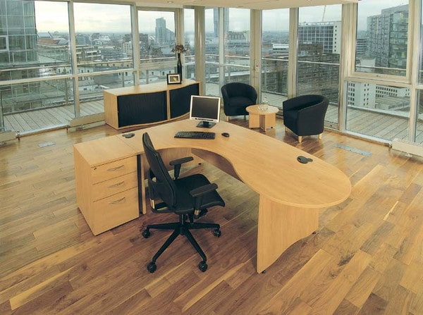 EX10-Workstation-In-Office-With-Pedestal-Drawers