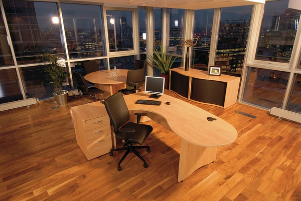 EX10-Workstation-Executive-Desk-with-Pedestal-Drawers