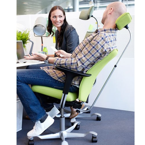 HAG-HO5-Ergonomic-Office-Task-Chair-With-Footrest