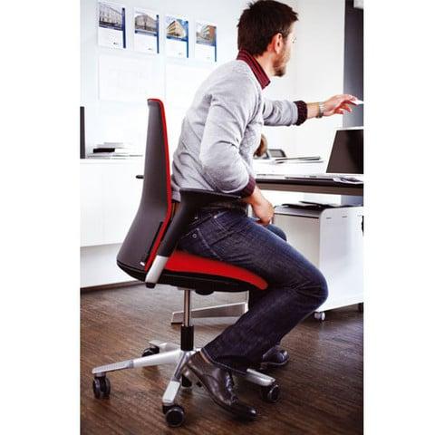 HAG-Futu-Ergonomic-Task-Chair-Red-In-Situ