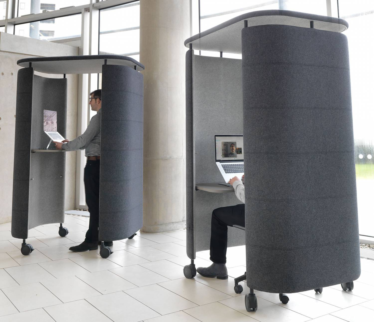 InnoPod-Ocee-Mobile-Acoustic-Work-Pods-In-Situ-Sitting-and-Standing
