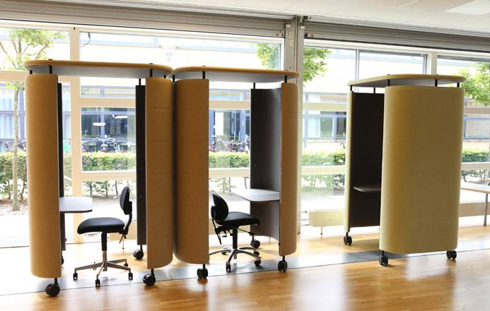 InnoPod-Ocee-Mobile-Sound-Abosrbing-Office-Units