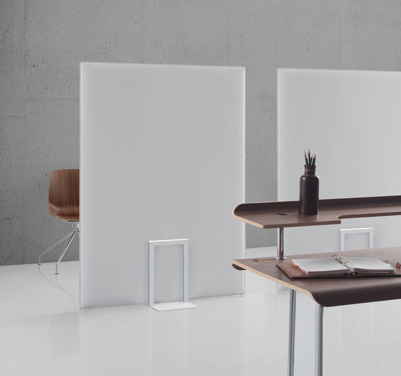 PLI-Oversized-Ocee-Freestanding-White-Acoustic-Screen-In-Situ