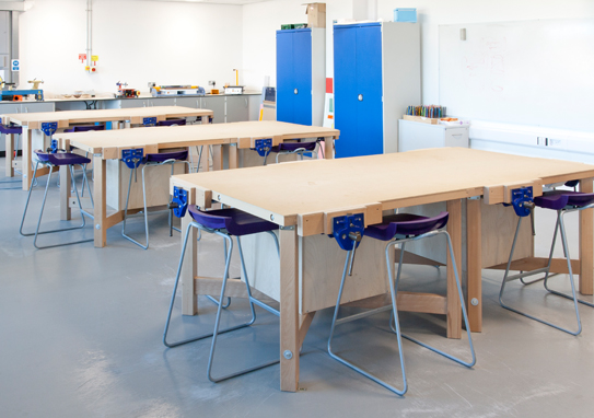 Postura Plus Stools in Classroom