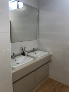 Refurbished Executive Toilets Sink